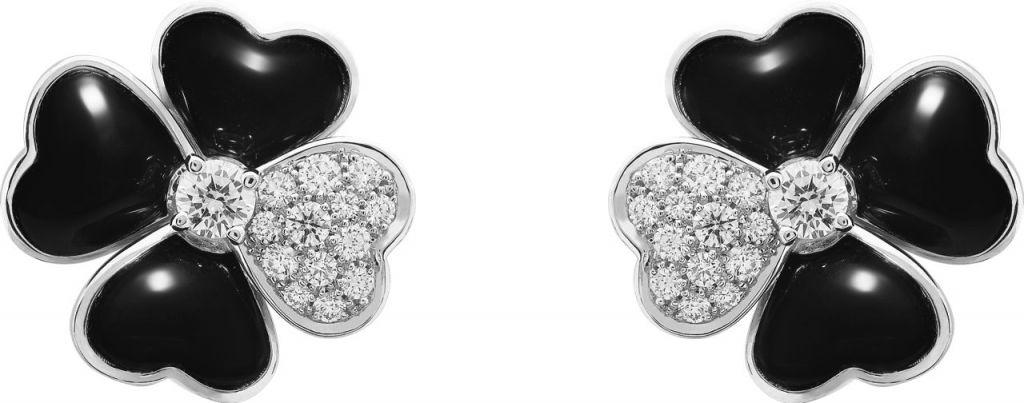 VCARO5BY00_Cosmos medium model earrings, white gold, onyx, diamonds, diamond center_521375