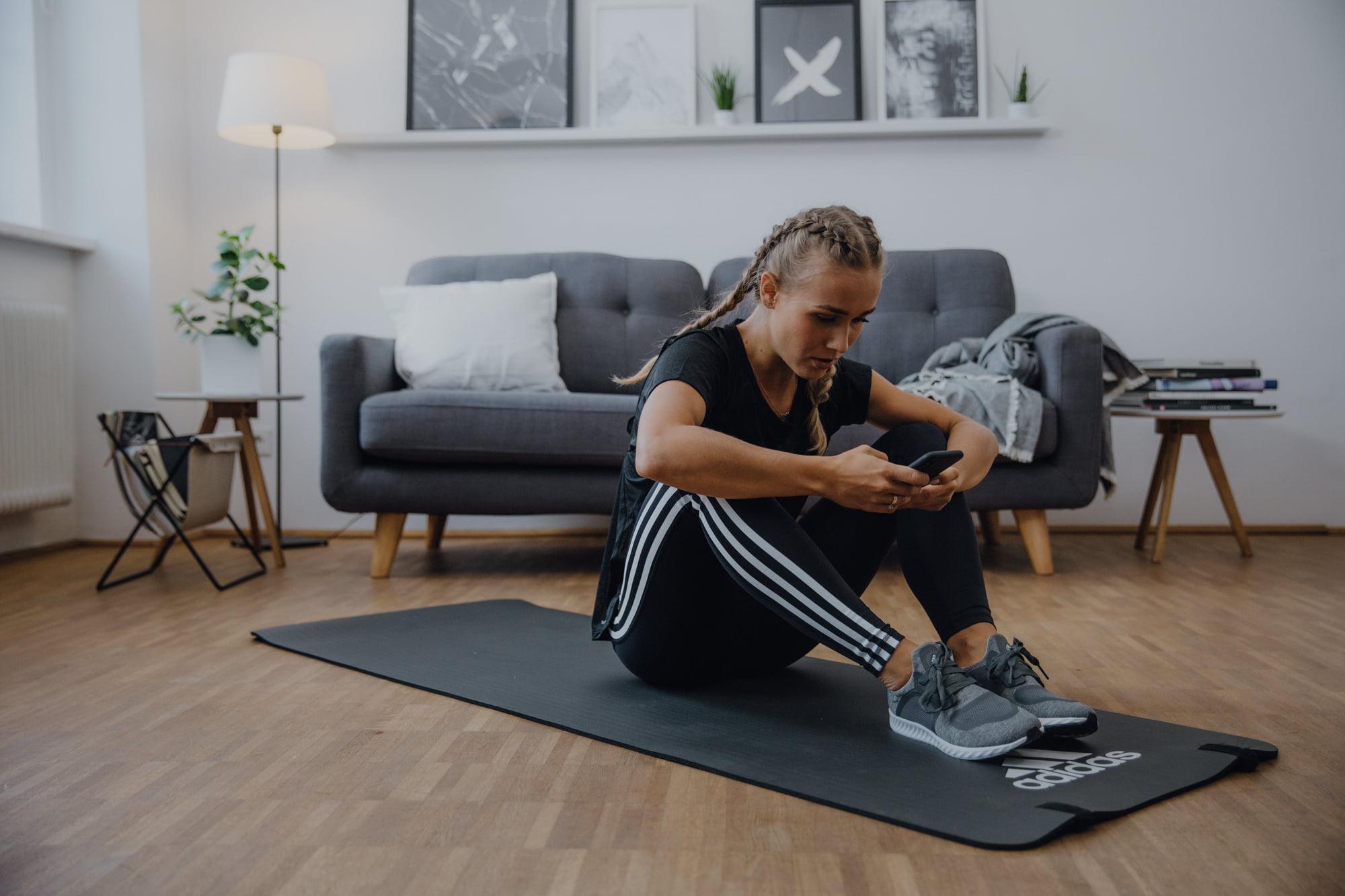 Adidas offre un accès gratuit à son application