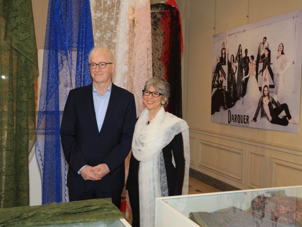 Darquer Place des Vosges Rose Lynn Fisher & Mr Noyon lamodecnous.com-la-mode-c-nous_livelamodecnous.com_live-la-mode-c-nous_lmcn_livelamodecnous